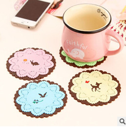 $enCountryForm.capitalKeyWord Canada - Wholesale - hot Cute Colorful Silicone Button Coaster Cup Cushion Holder Drink Placemat Mat Home