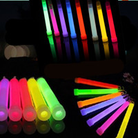 Wholesale Glow Products Wholesale - Concert Chemical Light 6 inches Chemical Glow Stick Light Stick Glowing Stick Flash Festival Products 7 Colors Mixed Outdoor Adventure Party