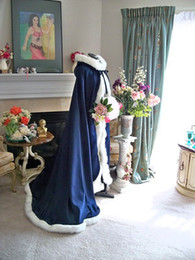 new Victorian Bridal Cape Navy Blue   IVORY Satin with Fur Trim Wedding Cloak For Winter Spring
