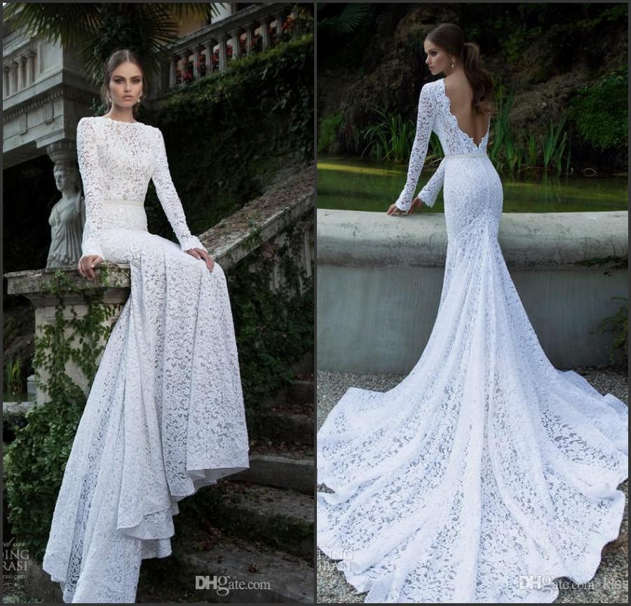Vestidos de novia estilo sirena con cola larga