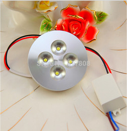 12W 4 * 3w LED Puck Light, 110 ~ 240V, armoires de comptoir de cuisine placard encastré ou monté en surface éclairage d'accentuation