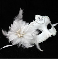 Wholesale Wholesale Costume Feathers - Hot Snow White Mask Halloween costume party mask for Christmas carnival halloween masquerade dance Venice mask side feather flower masks