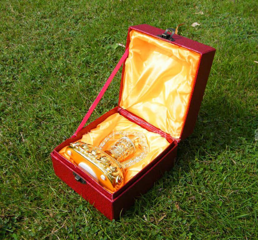Solar Samochód Dekoracji Stopy Złoto Módl Głośni Pokoje Akcesoria Automotive Car Wewnątrz Piękny Narzędzie Ładne Lalki