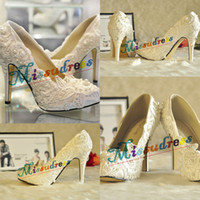 Wholesale Diamond White Bridal Shoes - Hotest Lace Wedding Shoes Charming Personalized Bridal Shoes Diamonds Handcraft Free Shipping 2015 New Collection