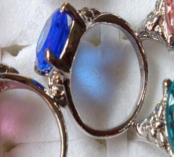 Boże Narodzenie Prezent Biżuteria Duży Rhinestone Kryształ Ziron Srebrny Pierścionki Mieszanka 16-17mm 50 sztuk