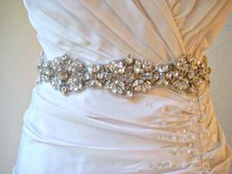 Cinto de fita branca on-line-Hot Sale Frete Grátis Wedding Belt Nupcial Cintura Longa Fita De Cetim De Casamento Sash Branco Bead Apenas Cinto Acessórios Do Casamento PB009