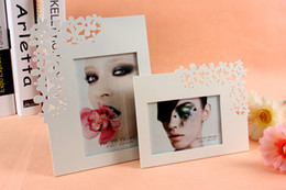 Wholesale Photo Engravings - Creative Ornamental Engraving Wooden Photo Frame White Art 4x6 5x7 8x10 Wedding Picture Frame to Home Tabeltop Decorate