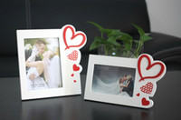Wholesale Wholesale Wedding Favors Picture Frames - 2014 New Creative Heart Design Photo Frame White 4x6 5x7 Wooden Picture Frame for Desk Display Wedding Favors Birthday Gifts