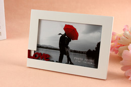 Frames Favors Canada - Promotional White Wooden Photo Frame Picture Frame with LOVE Words for Home Wall Decoration Wedding Favors Valentine's Gifts