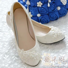 Wholesale Ivory Bridal Sandals - 2014 Ivory Wedding Shoes Lace Flower Crystal 100% Handmade Bridal Shoes Bridal Accessories Beading Wedding Shoes Women Sandal Platforms