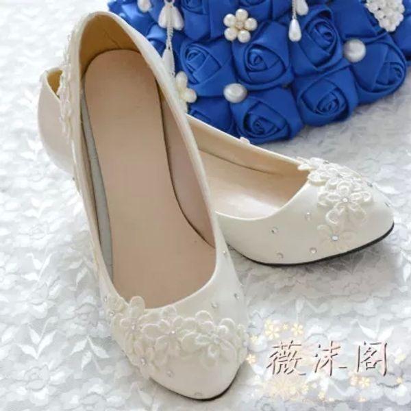 2014 Fildişi Düğün Ayakkabı Dantel Çiçek Kristal 100% El Yapımı Gelin Ayakkabıları Gelin Aksesuarları Boncuk Düğün Ayakkabı Kadınlar Sandal Platformları