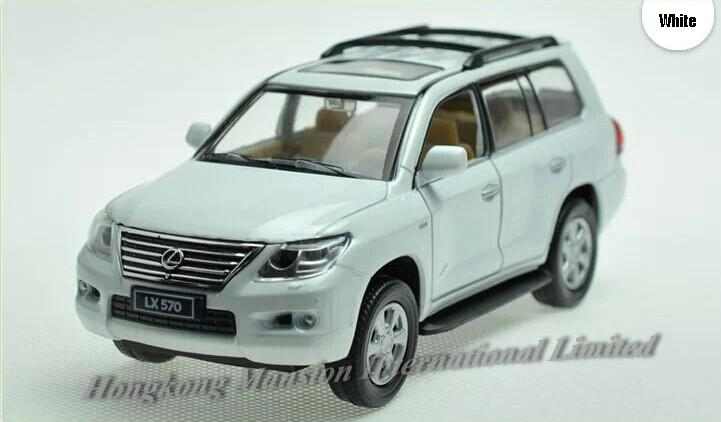1:32 Scale Diecast Alloy Car Model For LEXUS LX570 Collection Model Pull Back Toys Car With Sound&Light -Blue/ Red/ White/ Black