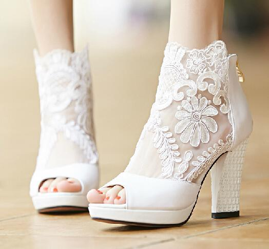 2017 Fashion Winter Wedding Boots 95cm High Heels Sexy White Sheer Lace Beauty Prom Peep Toe Evening Party Dress Women Lady Bridal Shoes Jeweled