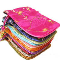 bolsas de tela de cumpleaños al por mayor-Pequeño bordado de frutas bolsa de tela de raso bolsa de almacenamiento de joyería con cordón bolsas de regalo fiesta de cumpleaños bolsas de bolsos de lavanda de la bolsita del favor 11x14