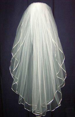 2019 tani! Darmowa wysyłka 2 warstwy tiul krótkie welony ślubne wstążki krawędzi białe z kości słoniowej welony ślubne dla Birdal Sukienki Akcesoria ślubne