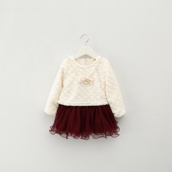 Детское короткое платье с мехом