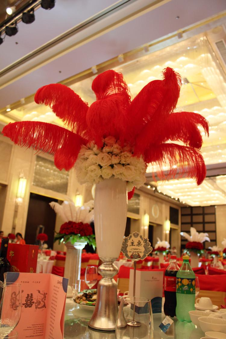 Natural White Ostrich Feathers Plume Centerpiece for Wedding Party Table Decoration Many Sizes for You To Choose