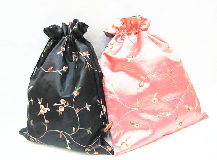 Элегантная вышивка Фрукты Портативная сумка для обуви Сумка для хранения для путешествий Складной шнурок Многоразовая атласная сумка для пыли с подкладкой