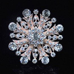 Wholesale Rhinstone Pins - Luxury Top Quality Clear Crystal Big Snowflake Gold Tone Gift Brooch For Women Stunning Rhinstone Wedding Aceessories Pins