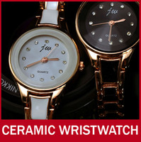 ingrosso donne dell'orologio dell'annata del braccialetto-L'orologio di quarzo del braccialetto del braccialetto di Bling del diamante della vigilanza della ragazza delle donne dell'oro della fascia di ceramica di modo all'ingrosso-Lusso resiste a trasporto libero
