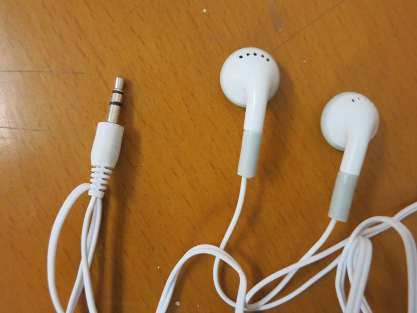 أزياء في الأذن سماعة أذن 3.5mm للهاتف الخليوي الهاتف الذكي سامسونج Mp3 Mp4 ميني HD سماعة