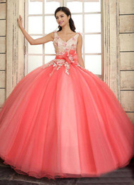2020 Cheap Quinceanera Dresses Ball Gown Tulle Applique V-Neck Lace Up Sweep Train Girls 16th Prom Dress Gowns Custom Sash Elegant