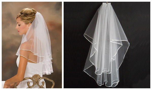 best selling Cheapest 2019 Real Sample In Stock White Ivory Two Layers Short Wedding Veils With Comb For Wedding Dresses Bridal Gowns Bridal Accessories