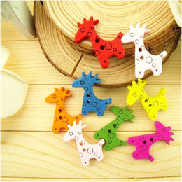 Wholesale Sewing Charms Wholesale - 100pcs lot New DIY Assorted Colorful Cute Giraffe Wooden Charms Buttons Sewing Craft , dandys