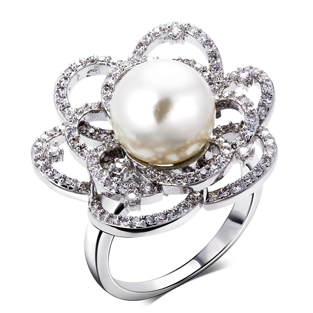 Flower Elegant Pearl Ring Flower Design Ladies Big Flower Ring ...