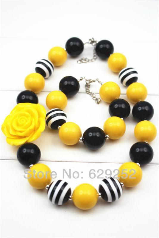 efef6a4fd bijoux fantaisie noir jaune collier de filles Chunky et bracelet ensemble  filles collier Chunky, collier Bubblegum Chunky filles CB091