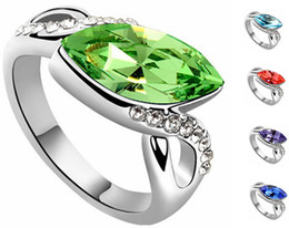 Wholesale Gold Engagement Rings Swarovski - Korean Fashion Crystal Rings For Women Made With Swarovski Elements Charm Jewelry Platinum Plated Engagement Ring 6062