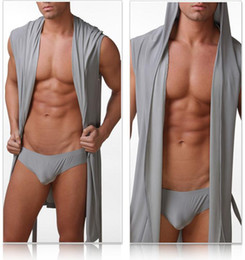 Сексуальный шелковый халат мужчины онлайн-Wholesale-2014 Cheap Gay Wear !! 1PCS Kimono Mens Robe With Hood Europe Size Bathrobe For Men/Male Silk Sexy Sleepwear