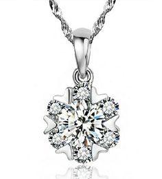 925 Colgante de plata esterlina Mujer Zirconia Austria Collar Colgante de copo de nieve de cristal 1.2 cm * 0.9 cm Collar de agua Color plata desde fabricantes
