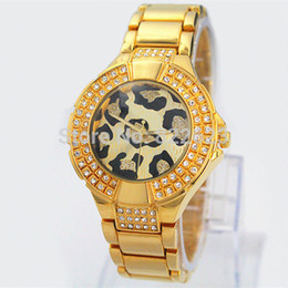 Chinese  Free Shipping Fashion sexy Leopard Watch Famous Brand Fashion Women's Clock Diamond Wristwatch Lady quartz watches Dropshipping manufacturers