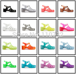 Wholesale Ladies Retro Sandals - Wholesale-S3 UNITED KINGDOM CANDY COLOR RETRO JELLY SANDALS LADIES MID-HEEL WOMENS GIRLS SUMMER BEACH FLAT FLIP FLOPS SHOES - F&P
