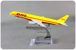 Wholesale Diecast Model Aircraft - Wholesale-16cm Airplane Model Yellow DHL Airways Boeing B757 Airways Aircraft Jetliner Alloy Plane Model Diecast Souvenir Vehicle Toy