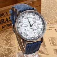 vestido de mezclilla más bajo al por mayor-Al por mayor-precio más bajo con estilo relojes de cuarzo unisex hombres deportes relojes tela de mezclilla vestido de mujer reloj reloj de pulsera de papel horas de diseño