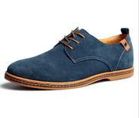 ingrosso scarpe da ginnastica europee-Scarpe degli uomini casuali degli uomini delle scarpe casuali degli oxford di cuoio genuino degli uomini delle scarpe da tennis degli uomini all'ingrosso-scarpe 38-46 Stile europeo di grande formato Trasporto libero
