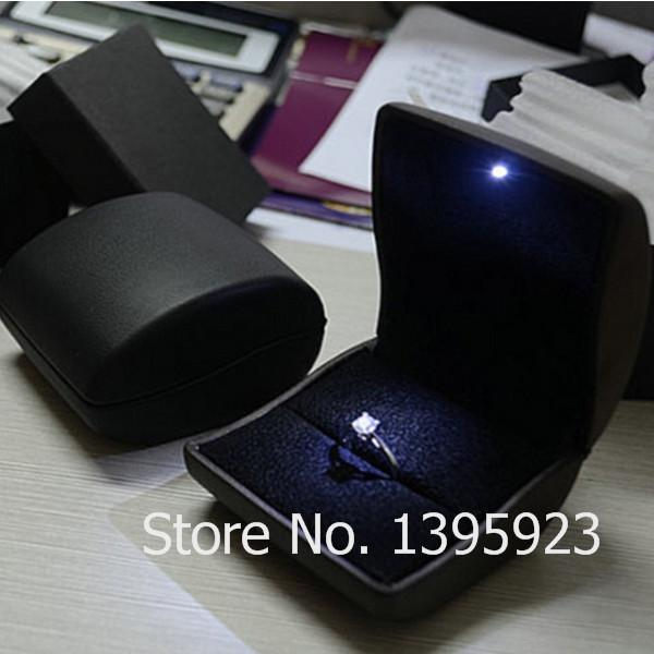 Deluxe Black Leather LED Lighted Ring Box Engagement Proposal PU Wedding Ring Jewelry Gift Box Case Display Packaging Boxes