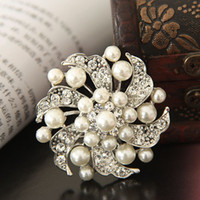 Wholesale Order Flower Brooches - Wholesale-Min Order is $10 Friendship Cheap Fashion Flower Dress Brooch Pearl Rhinestone Women Brooches For Wedding Free Shipping