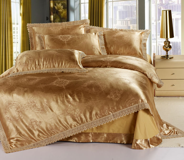 Golden Jacquard Tribute Silk King Size Bedding Set Satin