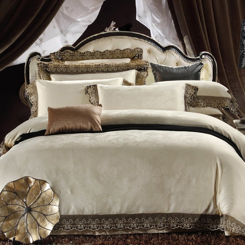 Cream Colored Luxury Jacquard Silk Cotton Lace Bedding