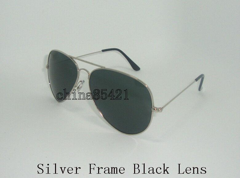 Silver Frame Black Gläser
