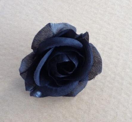 01 = أسود