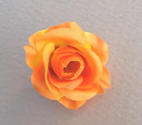18 = 오렌지색