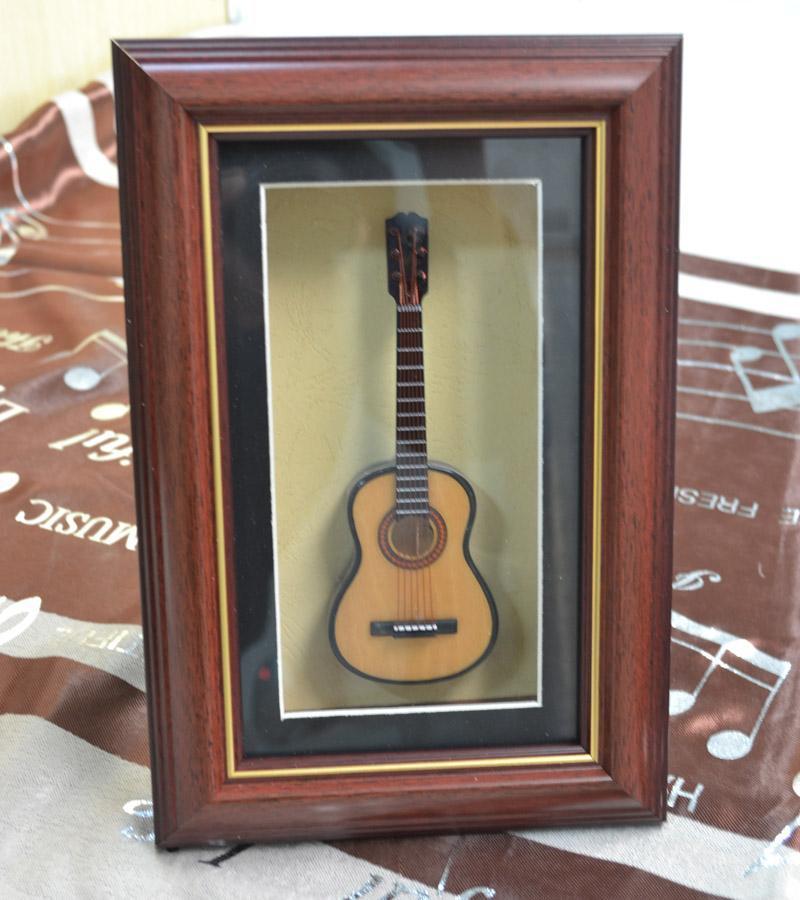 Естественная гитара