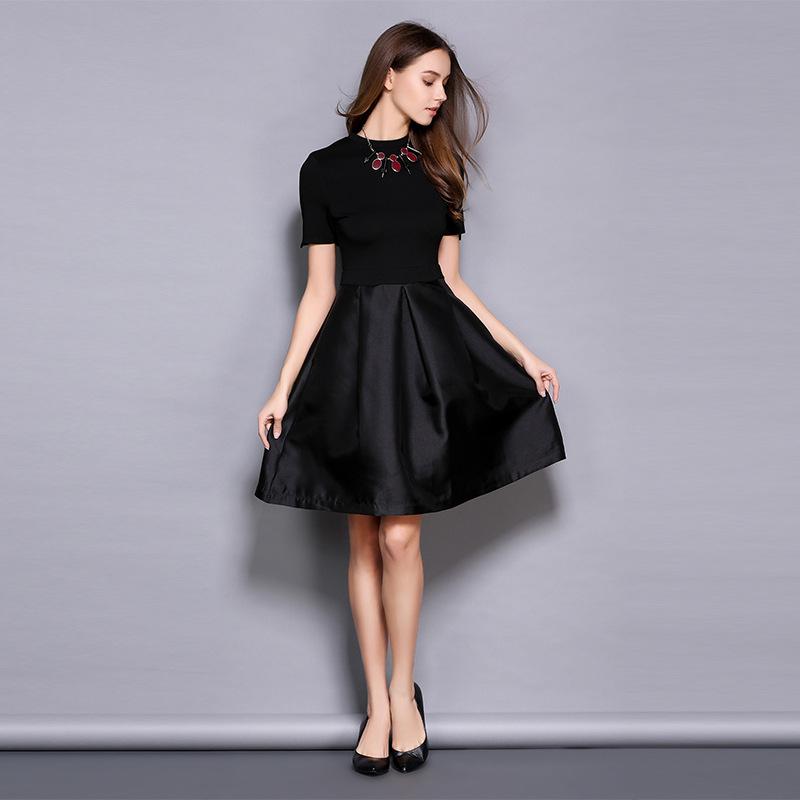 Black Girl Clothing: European Station 2017 Spring New Style Short Sleeve Slim A