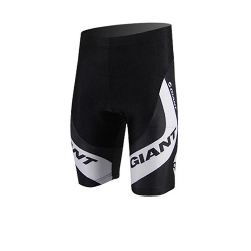 sólo pantalones cortos