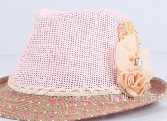 B cappello rosa + fiore beige