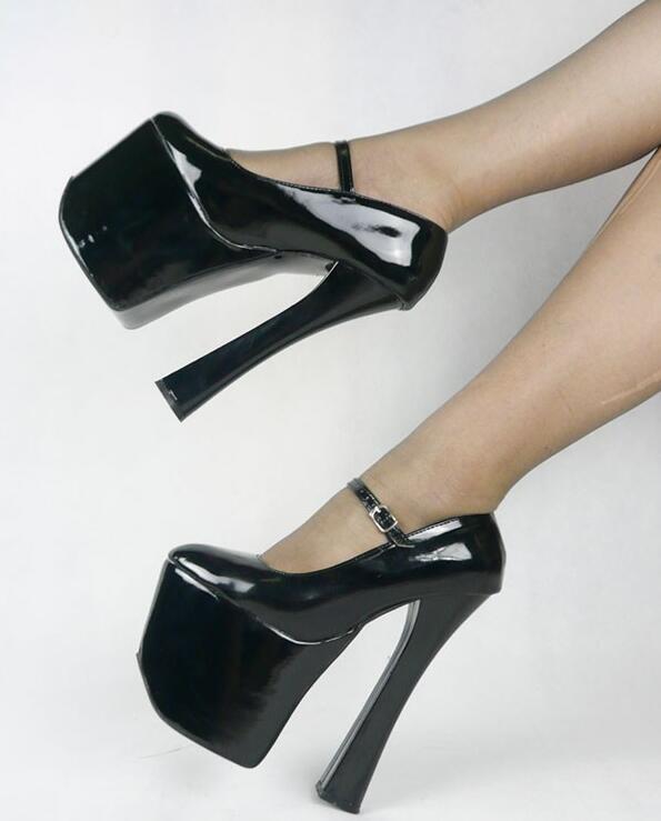 siyah parlak